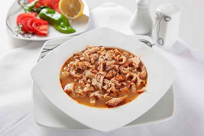 Antep Usulü Tarhana Çorbası
