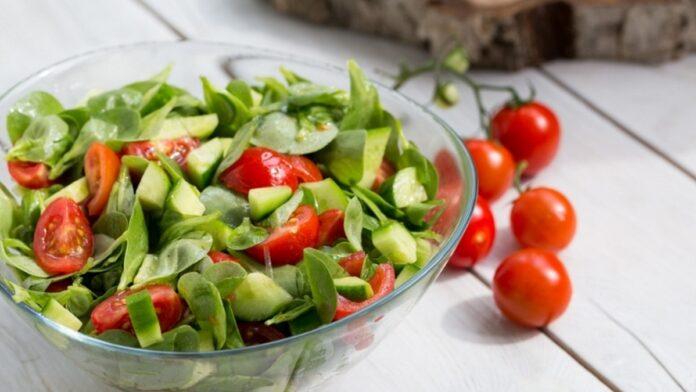 Semizotu salatası | gaziantepetyemekleri.com
